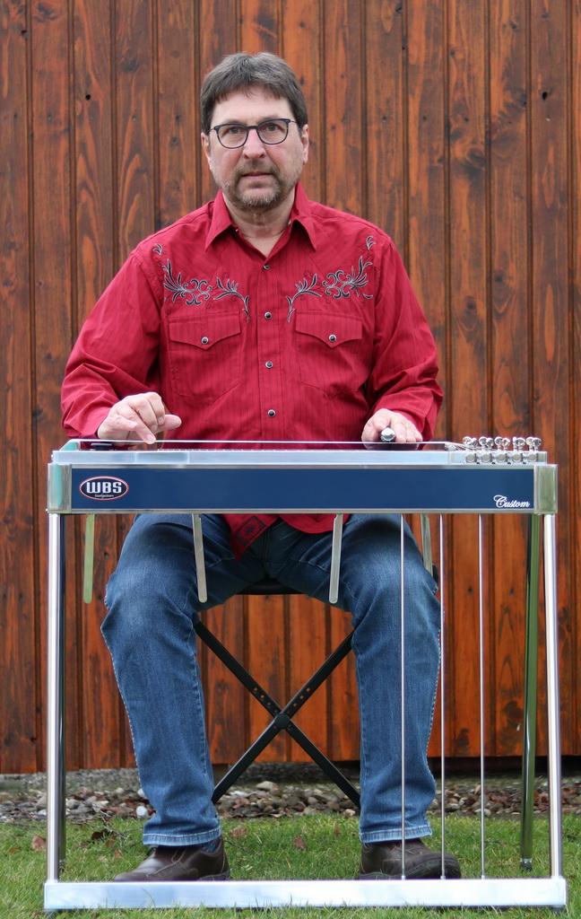 Peter Daake an der Pedal Steel Guitar